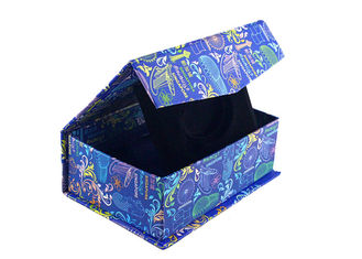 China Navy Blue Square Magnetic Closure Boxes , Foldable Paper Boxes With Bowtie supplier