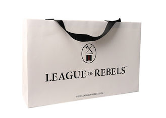 China Large Coloured Kraft Paper Shopping Bags For Shoe Packaging Environmental Protection supplier